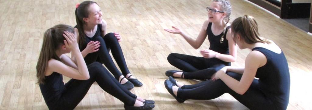 how to run a dance studio